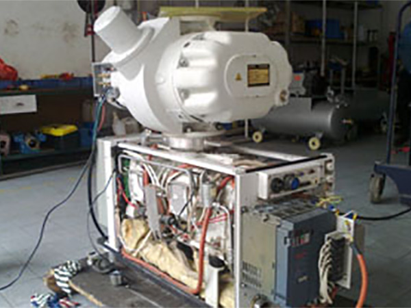 莱宝罗茨泵维修WAU2001