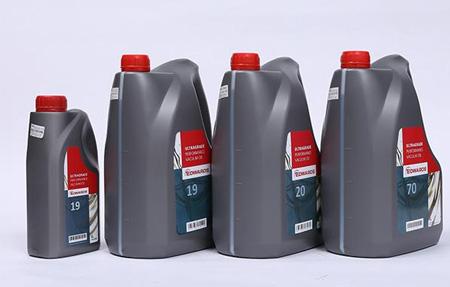 东莞真空泵油的特征与性能指标
